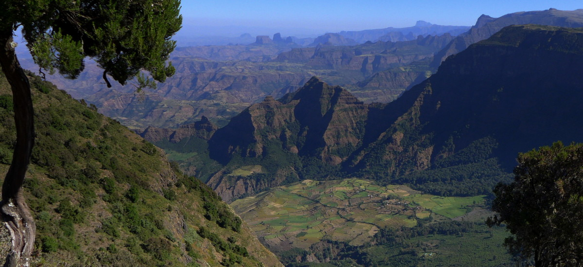 picture description: Ethiopia, Africa, Simien Mountains, trekking, travel, tours with ZenAye Ethiopia Tours, expert in tour operation / photo: © Linetta Schneller, Switzerland