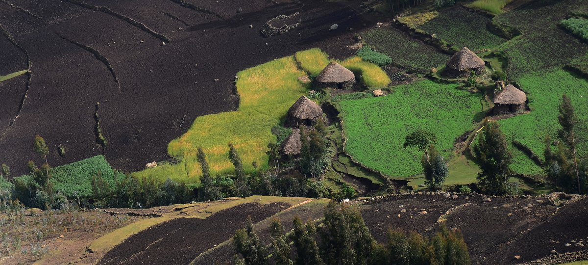 picture description: Africa, Ethiopia, landscape, mountain, Amhara region, travel with ZenAye Ethiopia Tours, expert in tour operation / photo: © Linetta Schneller, Switzerland
