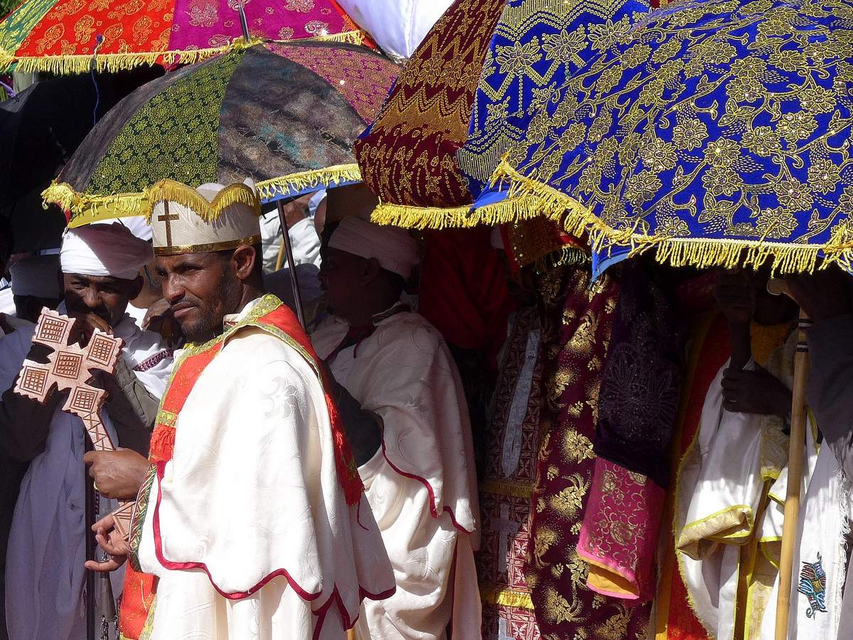 picture description: Timkat Festival, Orthodox Epiphany with ZenAye Ethiopia Tours, Swiss-African expert in tour operation / photo: Linetta Schneller